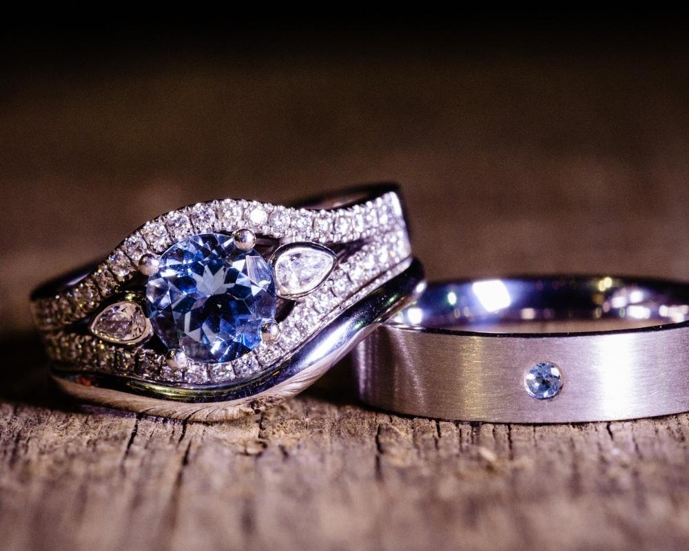 Wedding rings rustic