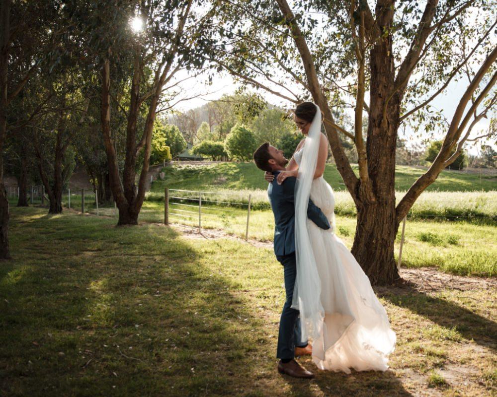 Flowerdale Estate - Bride and Groom in sunlight