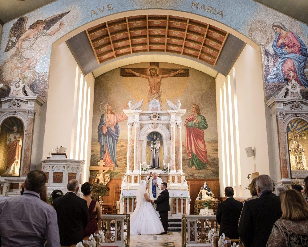 St Anthonys Catholic Shrine Hawthorn - Bride and Groom final blessing