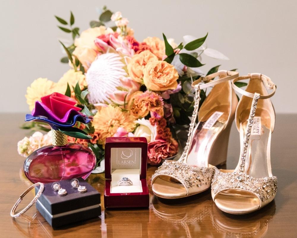 Bride getting ready accessories