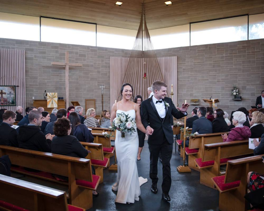 St Pauls Anglican Church East Kew - Just married